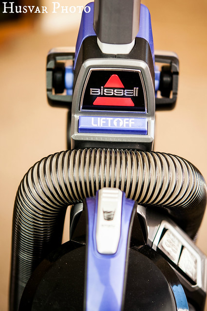 BISSELL powerglide review in_the_know_mom