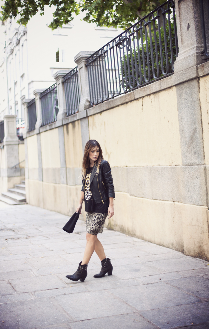 street style barbara crespo mango biker leather jacket perfecto outfit