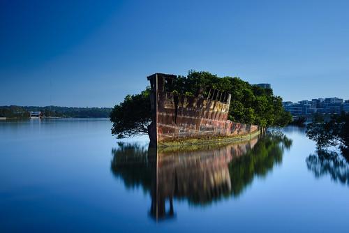 sky reflection water sunrise australia newsouthwales homebush cpl gnd06 bigstopper wentworthpoint ssayrfield