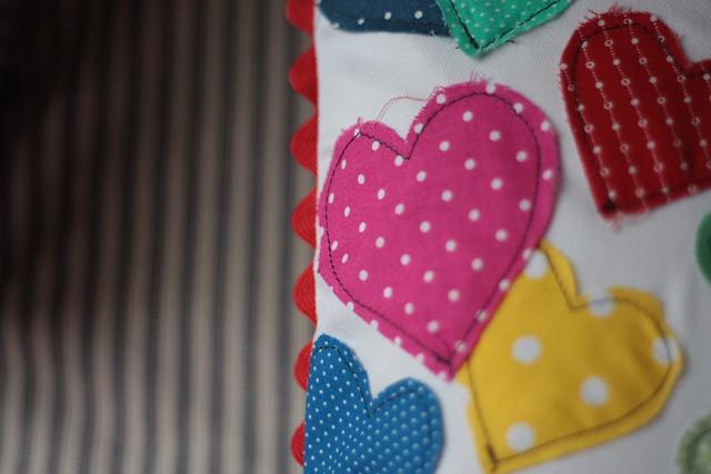 hearts pillow3