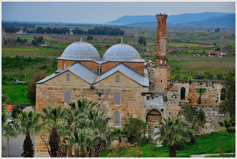 1伊薩貝伊清真寺