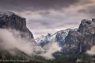 Misty Sunrise, Tunnel View (Yosemite)