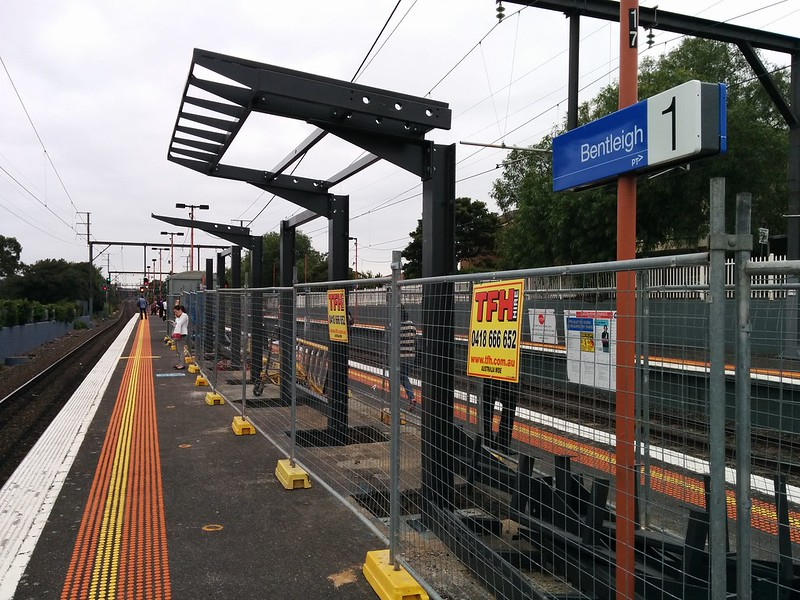 New platform shelter under construction at #Bentleigh station. #MetroTrains