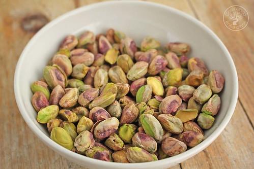 Tarta de almendras, pistacho y mascarpone www.cocinandoentreolivos.com (6)