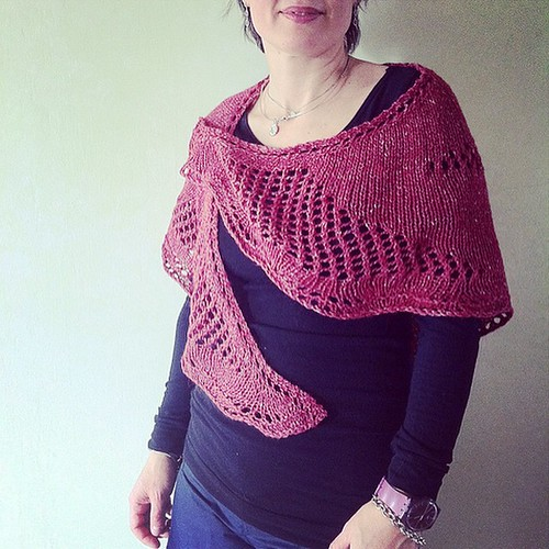 Sfiziosa is now available as a single pattern on #raverly:) Sfiziosa è ora disponibile come modello singolo su Ravelry:)