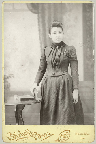 Cabinet Card woman in dress