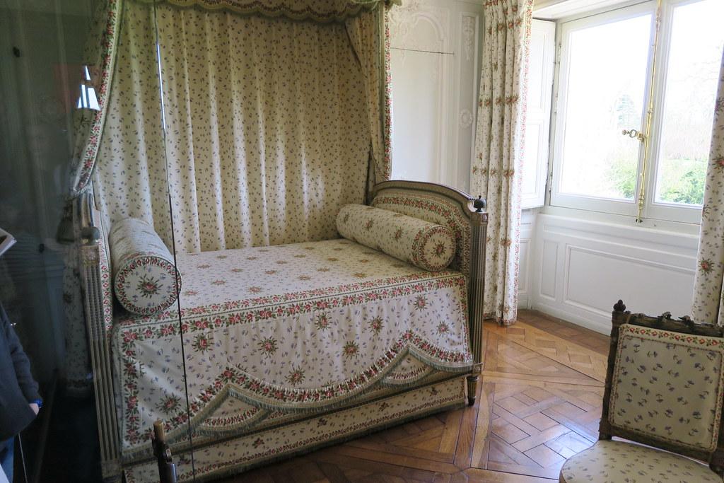 0460 Chateau de Versailles - Petit Trianon