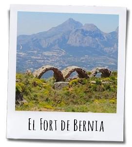 De wandeling rond de top van de Sierra Bernia is absoluut de moeit waard