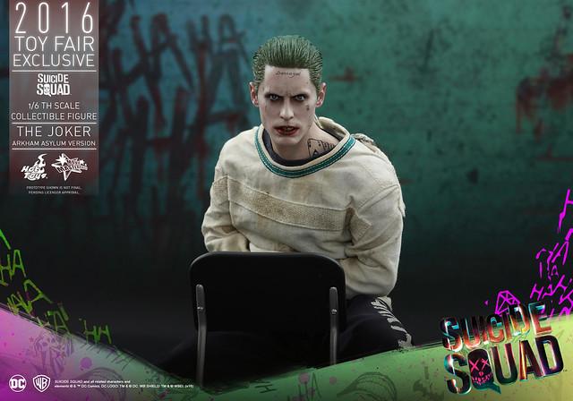Hot Toys – MMS373 – 自殺突擊隊【阿卡漢療養院:小丑】The Joker Arkham Asylum Ver. 1/6 比例人偶作品