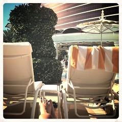 Vegas, poolside