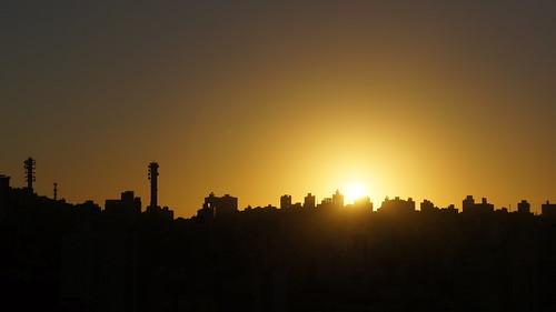 brazil orange black silhouette yellow sunrise laranja portoalegre amarelo riograndedosul amanhecer