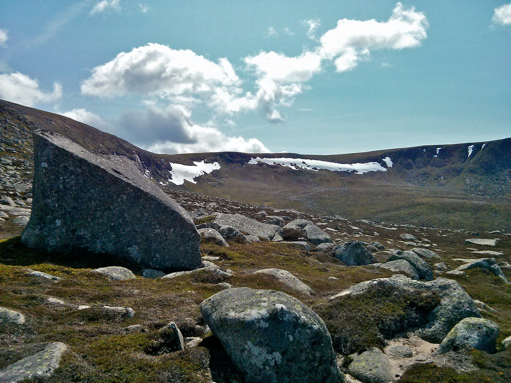 Erratics below Lochnagar