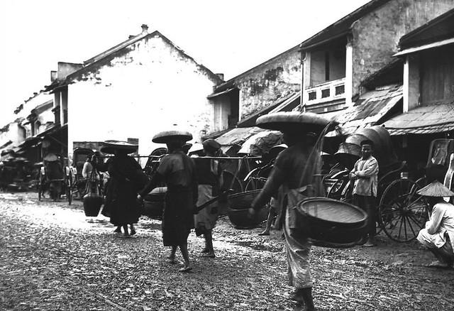 Tonkin. Hanoï 1896 - Phố Chợ Gạo ngày 30 Tết