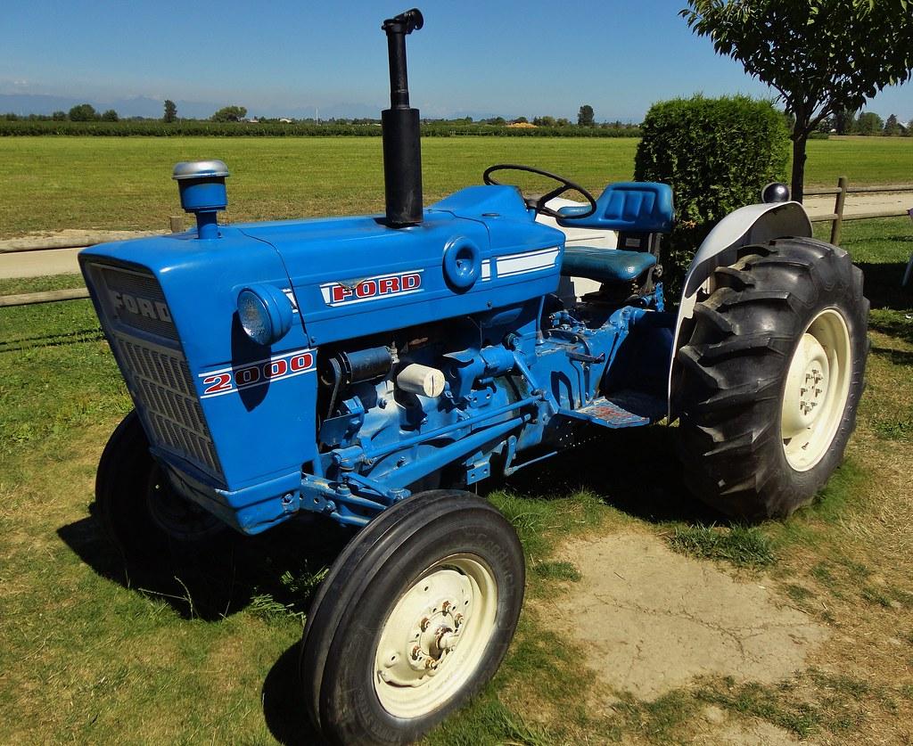 Ford Model 2000 Farm Tractor