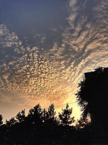 sunrise cloudy originalfilter uploaded:by=flickrmobile flickriosapp:filter=original