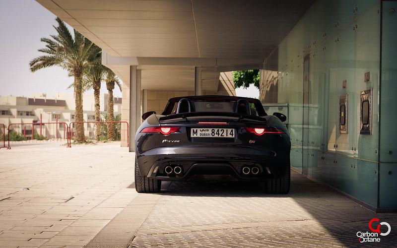2014 Jaguar F-Type V8-29.jpg