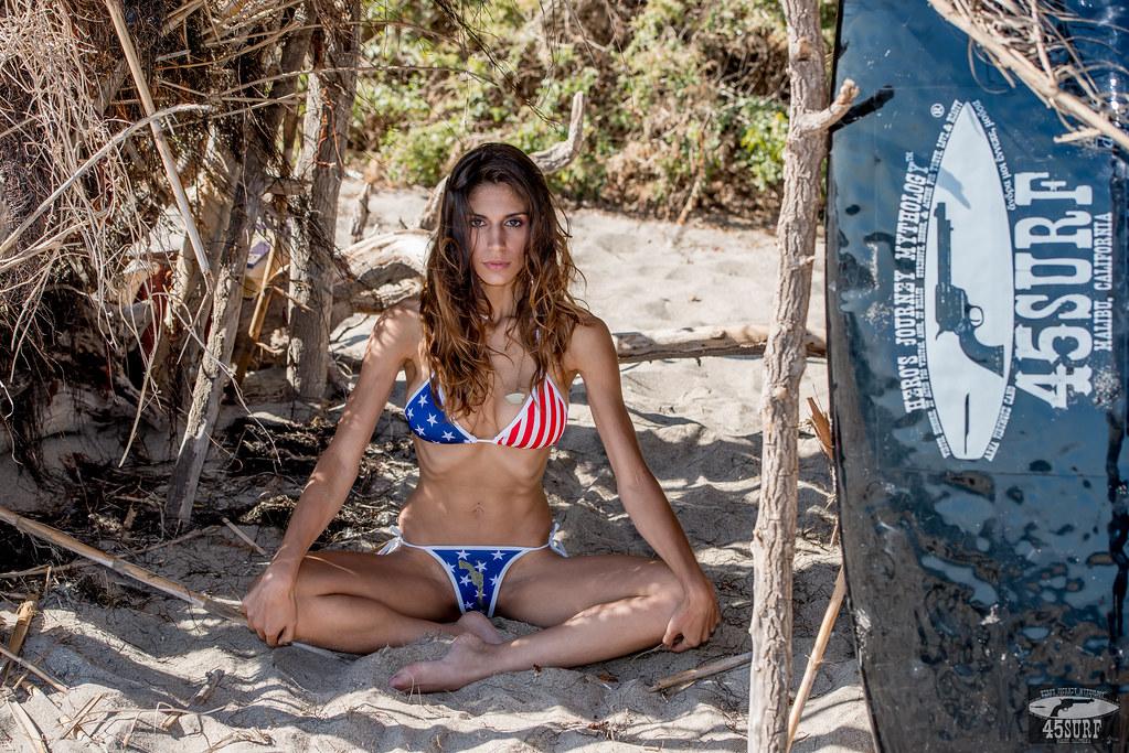 de1d01bfe2 Nikon D800E Photos Pretty Swimsuit Bikini Model Goddess Mo