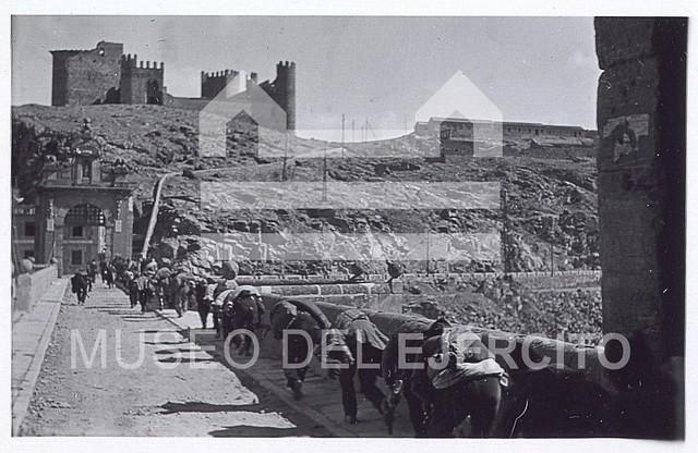 Puente de Alcántara y Castillo de San Servando © Museo del Ejército, Ministerio de Defensa