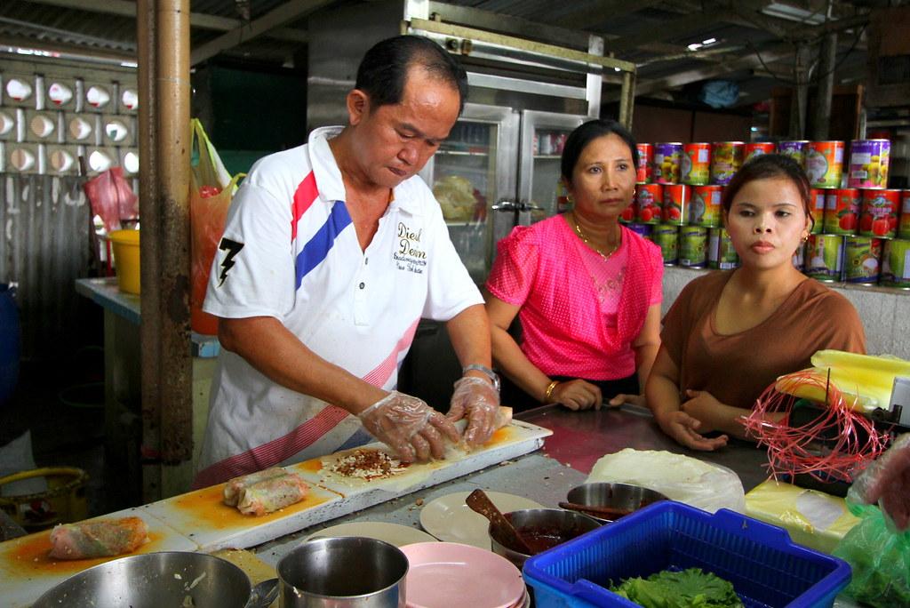 Penang Food Guide: Seafood Popiah @ Gerai Gerai Padang Brown Store Front