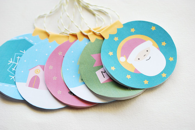 Kitschy Christmas Bauble Tags