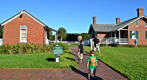 ponce inlet lighthouse village