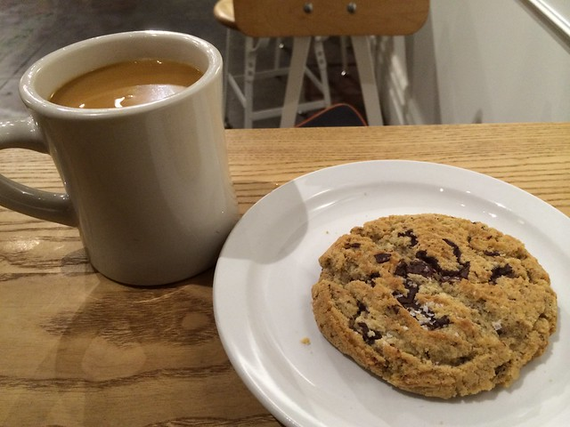 Chocolate chip cookie and coffee - The Mill