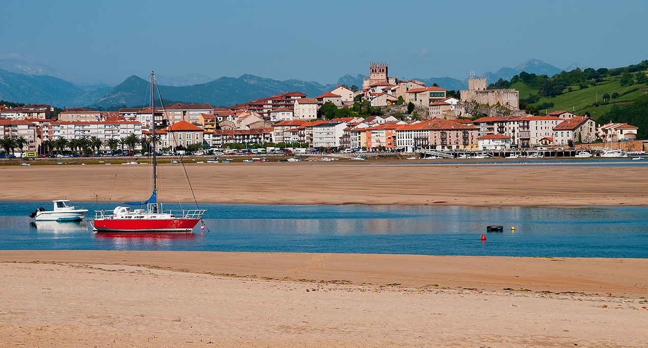 4. Vista de San Vicente de la Barquera. Cantabria. Autor, José María Moreno García