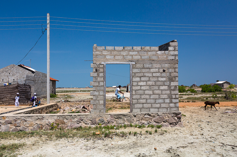Housing near the salt plains, Puttalam