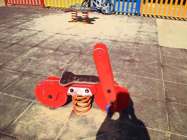 Limpieza y deterioro parques infantiles
