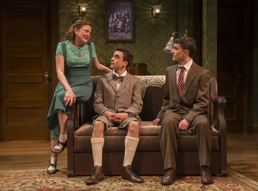 Linsey Page Morton (Bella), Sebastian W. Weigman (Arty), and Alistair Sewell (Jay)