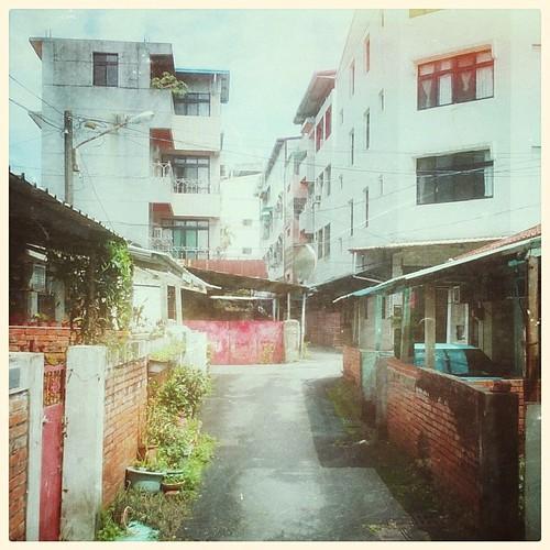 A walk in the neighborhood. #taiwan #nantou #snapseed