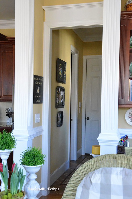 Hallway - Housepitality Designs
