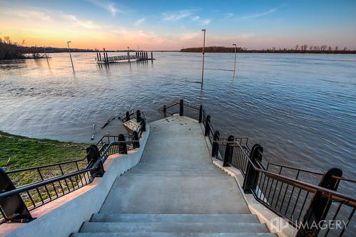 park sunset sky english dock flood steps highwater ohioriver