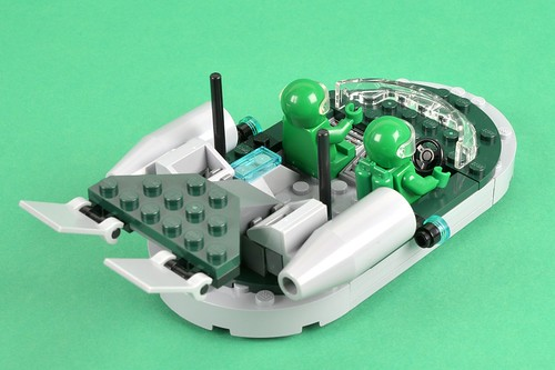 LEGO Ideas Hover Scout and Recharge Dock