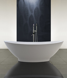 Luna Freestanding Bath