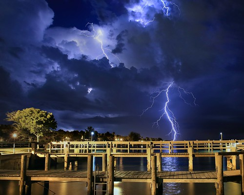 longexposure b sky storm rain weather night clouds river landscape nightscape cloudy nightshots thunderstorm nightsky lightning extremeweather indianriver sebastianfl lightningstorm indianrivercounty kmprestonphotography indianriverdrive cloudsstormssunsetssunrises final201606190003008