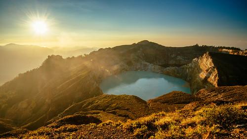 travel flores tourism nature sunrise indonesia nikon crater d750 ntt 1635mm nusatenggara