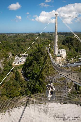 nikon puertorico arecibo cablecar pr nikkor radar catwalk radiotelescope d4 westindies telescopio areciboobservatory radiotelescopio telecope greaterantilles nationalastronomyandionospherecenter 2470mmf28g antillasmayores isladesanjuanbautista 2013032012907