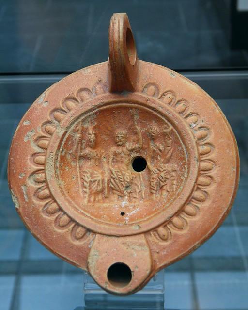 The Capitoline Triad (Jupiter, Juno, Minerva), Roman oil lamp terracotta, 1st century AD, Staatliche Antikensammlungen, Munich