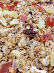 meal(0.0), produce(0.0), breakfast cereal(1.0), breakfast(1.0), whole grain(1.0), granola(1.0), food(1.0), dish(1.0), muesli(1.0), cereal(1.0), cuisine(1.0), snack food(1.0),
