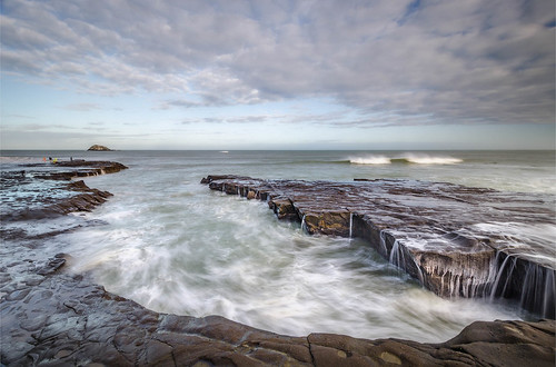 longexposure newzealand clouds nikon rocks surf waves wideangle auckland nz northisland westcoast muriwai earlymorninglight colourimage leefilters 1024mm d7000 lee09nd lee06gndsoft
