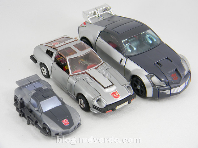 Transformers Bluestreak Legends - Generations GDO - modo alterno vs G1 vs Henkei