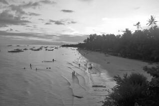 Bohol - Alona Beach at dusk