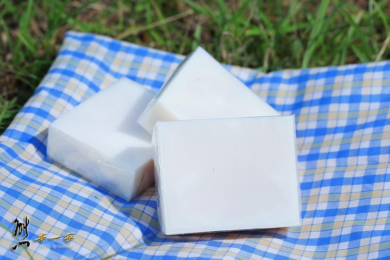 延伸閱讀: 關於手工皂的製作方式 。
