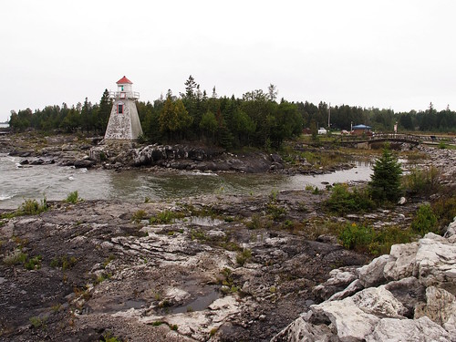 lighthouse manitoulin southbaymouth