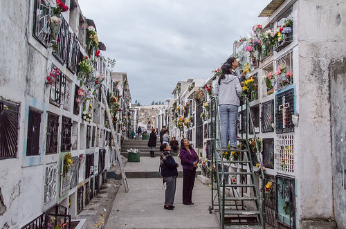 Otavalo Cemetary | Day of the Dead in Ecuador