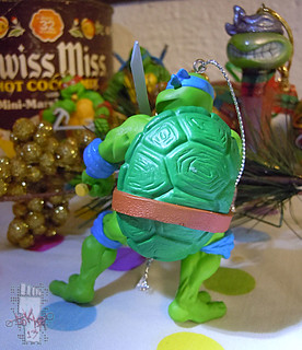 "AMERICAN GREETINGS :: TEENAGE MUTANT NINJA TURTLES - ""Leonardo"" Ornament vi (( 2013 ))"
