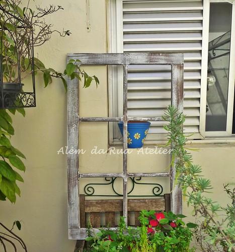 Moldura de janela de demolição