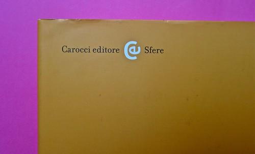 Michael Nedo (a cura di), Una biografia per immagini. Carocci 2013. Progetto grafico di Shoko Mugikura e Michael Nedo. Falcinelli & co. per l'ed. it. Quarta di sovracoperta (part.) 1