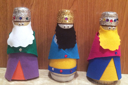 DIY Plastic Bottle Reyes Magos- home decor